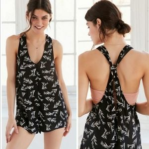 UO Out From Under Zaina Leaf Print Romper Black Md